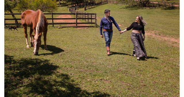 Tatielle e Nicolas | ensaio externo casal em Lomba Grande | fotógrafo São Leopoldo
